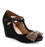 Bow-town Favorites Wedge
