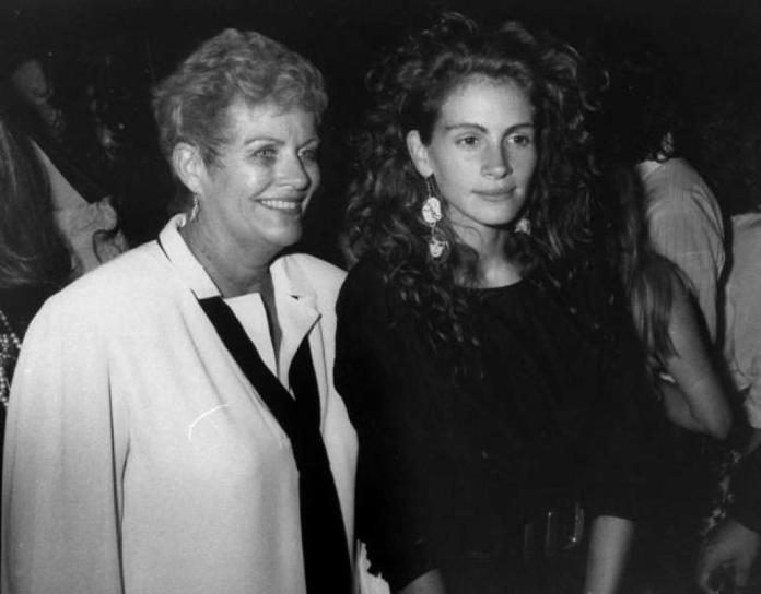 Julia Roberts, Betty Motes