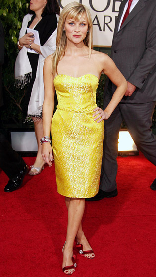 1326129095_reese-witherspoon-560