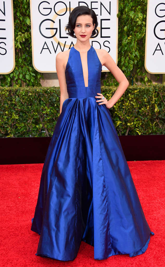 rs_634x1024-150111154150-634-golden-globes-Julia-Goldani-Telles-.ls.11115