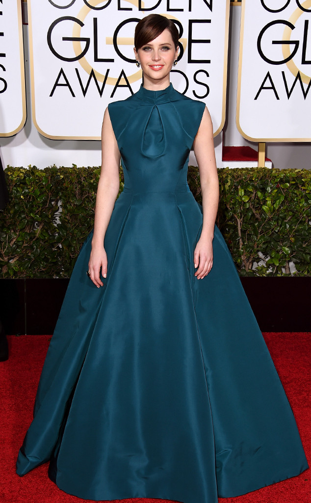 rs_634x1024-150111173419-634.Felicity-Jones-Golden-Globes.jl.011115